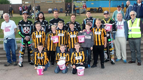 Thurrock-Hammers--Community-programme_Charity