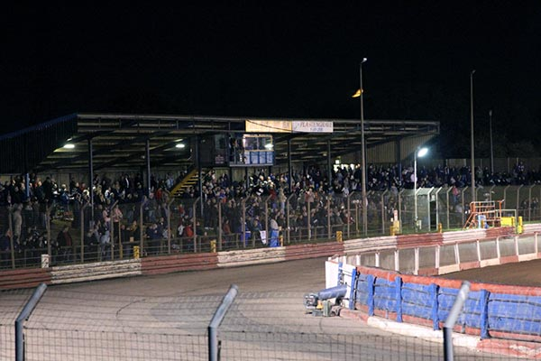 Thurrock-Hammers_The-Grandstand_Farewell-to-The-Raceway_Credit-Rafal-Wlosek
